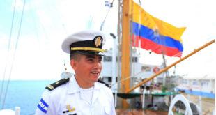 Buque insignia de Colombia Gloria llega a Honduras