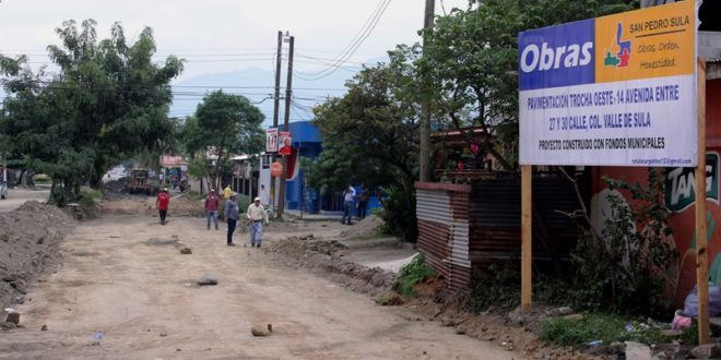 Municipalidad Sampedrana inicia seis proyectos de pavimentación